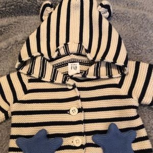 Newborn Baby Gap Sweater